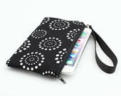 iPhone 8 Plus Clutch, Galaxy S8 Wristlet Strap, Padded Phone Clutch, Wristlet Clutch with Strap - black white dot circles
