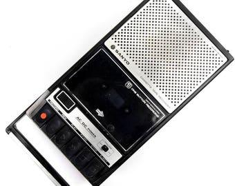 Vintage 1970s Sanyo M2511 Portable Audio Cassette Tape Recorder Player
