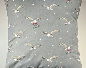 """Cushion Cover in Sophie Allport Christmas Owl 14"""" 16"""" 18"""" 20"""""""