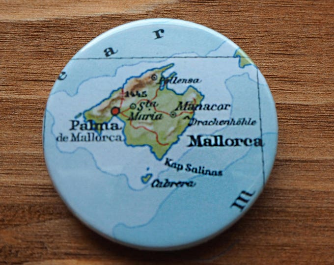 Pinback Button, Majorca, Ø 1.5 Inch Badge, Atlas, Travel, vintage, fun, typography, whimsical