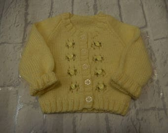 hand knitted baby girl's cardigan / knitted baby sweater / yellow cardigan with roses / 0-3 month baby cardigan