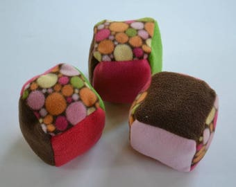 Set of 3 soft cubes, fleece cubes, baby toy, soft cubes with colored circles, Christmas gift, baby shower gift.