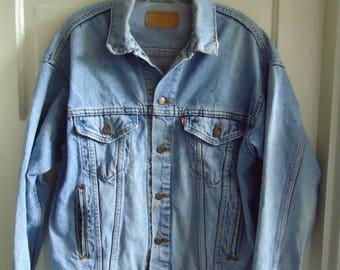 Vintage 80s LEVIS DENIM Jean Jacket Well Worn sz M/L