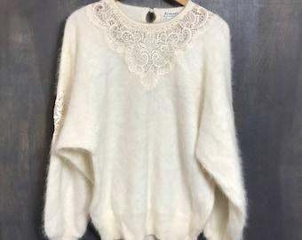 Venesha 80's Sweater Vintage White Angora Sweater Batwing Glam Sweater Hipster Sweater Slouchy Sweater Soft Fuzzy Sweater Medium Large B1