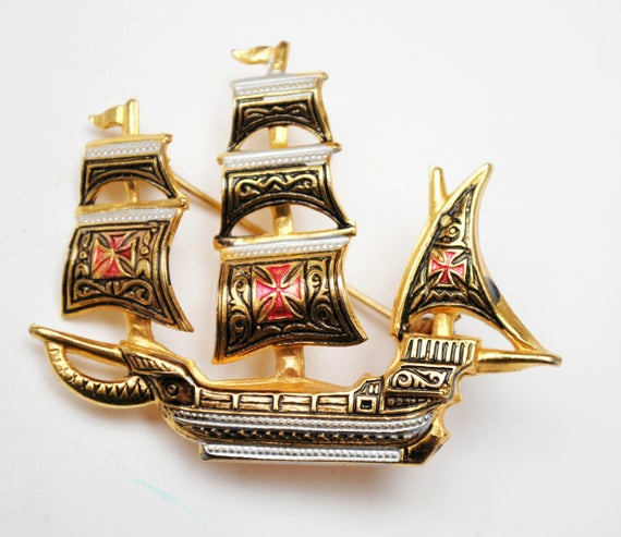 Damascene Boat  Brooch  - Gold and Black enamel - Signed Spain - Sail boat figurine pin