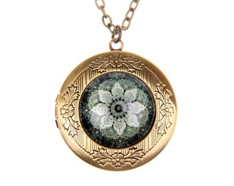 Necklace locket magic flower 2020m