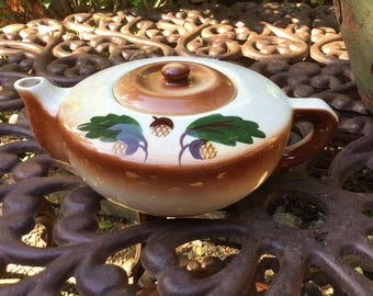 Vintage Unmarked Tea/Coffee Pot-Ivory & Brown with Acorn Design
