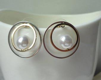 Pearl  Earrings Stud Earrings Delicate Earrings Round Earrings 0472