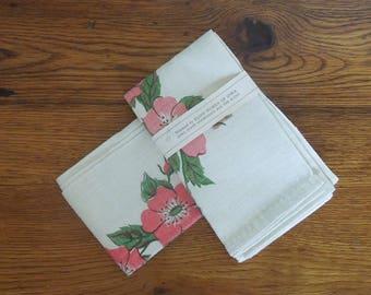 Vintage Linen Kitchen Towels Lot of 3 Floral Design Unused