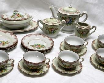 Vintage Occupied Japan Child's Tea Set - 1940s - Complete - Minimal Damage - Good Condition