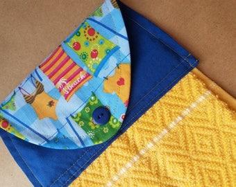 Beachy Hanging Kitchen Towel, Beach House Kitchen Decor, Beach House Linens, Coastal Home, Beach Housewarming, Button Top Dish Towel, Summer