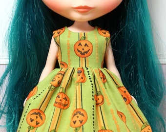 BLYTHE doll Halloween party dress - pumpkin stripes