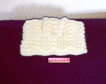 White, hand-knit storage box