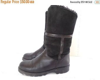 ON SALE Vintage La Canadienne Shearling Boots  80s Black Suede Leather Winter Boots Pull On Snow Boots Size 6.5