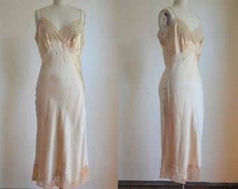 1940s Silk & Lace Couture Quality Slip with Applique and Handwork