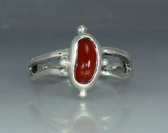 Carnelian Agate Silver Ring Womans Ring Organic Womans Ring Rustic Womans Ring Solitare Ring Stamtement Ring