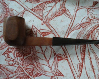 Old  French Briar Wood Pipe with Angular Lines.