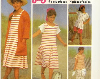 A Pull-On Pants and Shorts, Pullover Sundress / Jumper, Cap Sleeve Top & Cardigan Jacket Pattern: Uncut - Girls Sizes S-M-L •Simplicity 7123