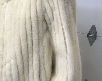 Chic Ribbed Cream Mink Jacket
