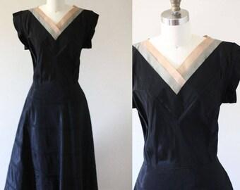 1950s little black dress // 1950s party dress // vintage dress