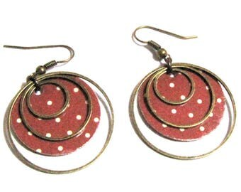 paper weight, bronze rings - beige patterns, sequins earrings bordeaux