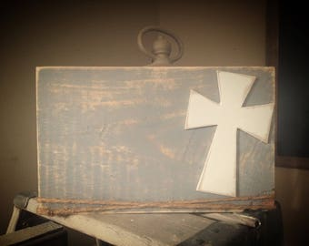 Distressed cross frame