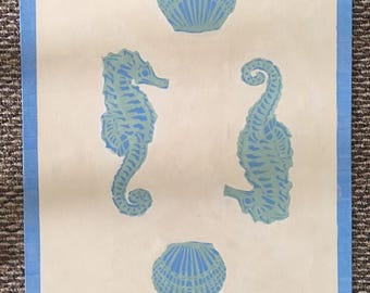 Sea Horse and Shell Runner