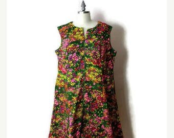 ON SALE Vintage Colorful Retro Floral Sleeveless Mini Dress from 70's*