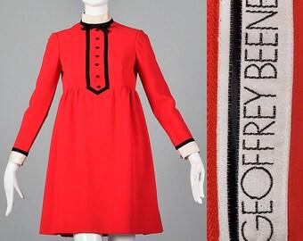 Small 1960s Geoffrey Beene Short Dress Long Sleeves Red Wool Mini Dress Tuxedo Tuxedo Empire Waist Vintage 1960s Mod 60s Twiggy