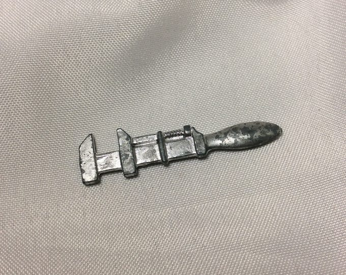 Vintage Clue game piece from 1963 game, Replacement Clue wrench, Free US Shipping  Clue game Parker Brothers wrench, old clue game piece