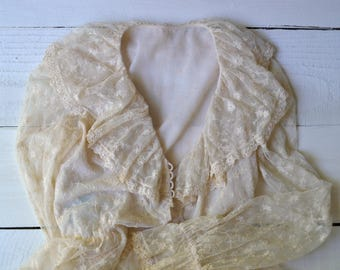Wanted Evening Blouse / 1970s lace blouse / vintage lace ruffled top