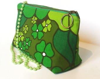 Make up bag handmade cosmetic gift for her green mod floral print vintage fabrics. Retro pattern Scandinavian design swedish
