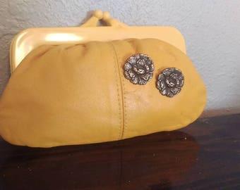 Vintage Upcycle Yellow Kiss lock Coin Purse Wallet Clutch Handbag Bag 1950