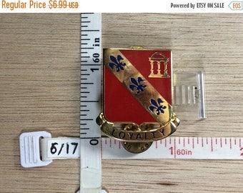 10% OFF 3 day sale Vintage Gold Toned Red Blue Enamel Fluer De Lis Pin Brooch Used