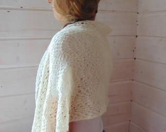 shawl shoulders lace Knitted Shawl Shoulder  Wrap White Lace Wedding Scarf Wedding Shawl White knitted shawl hands White bridal wrap natural