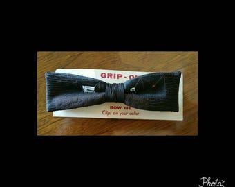 Mens vintage deadstock bow tie