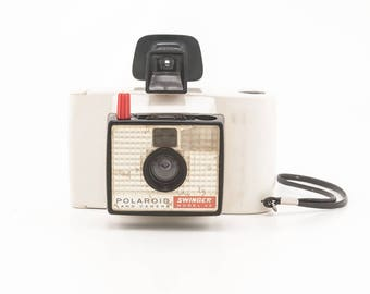 Vintage 1960s Polaroid Swinger Model 20 Camera - photo booth prop home decor