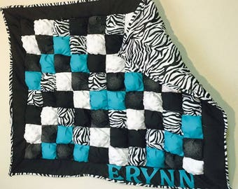 Custom color choice/ Zebra Puff Quilt