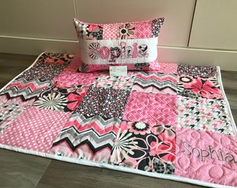 Pink and Grey modern floral baby quilt and pillow set.