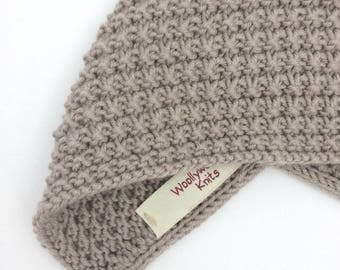 Inga Baby Bonnet in Pebble - Newborn Size