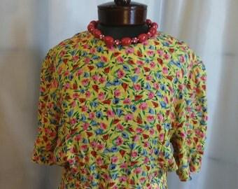 Shop closing Vintage day dress 80s yellow dress flower dress summer dress Jane Singer dress Size 10