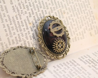 Steampunk gear brooch-dark brown