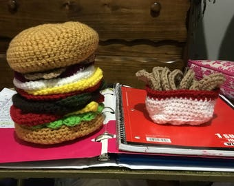 Crochet Cheeseburger with onion rings