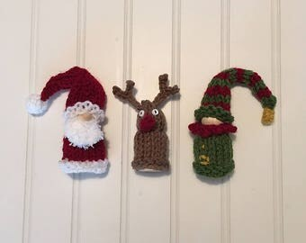 Adorable Tiny Peg Doll Christmas Set - Hand-Knit Santa, Reindeer and Elf