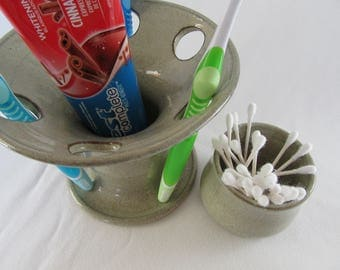 Toothbrush Holder and Rinse Cup
