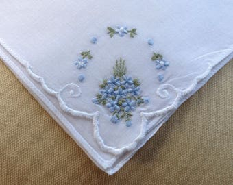 Vintage unused handkerchief - Ideal for special occasions or a wedding