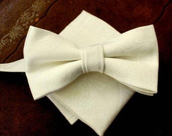 bow tie with handkerchief in ivory as set