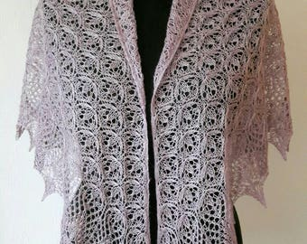 Handknitted Estonian Haapsalu lace shawl pale pink with nups
