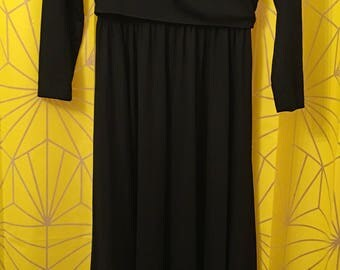 Vintage 70's Alison Ayres Original full length little black dress- 100% polyester maxi dress- new condition- wrap top ties in back- vintage