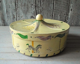 Vintage Carousel Shaped Tin – Peaked Ball Top White Merry Go Round with 3 Horses & Zebra Sewing Notions Box /0689